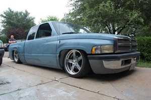 slamedRams 1997 Dodge Ram photo thumbnail