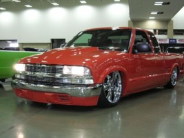 RuDrgn12s 1999 Chevy S-10 photo thumbnail