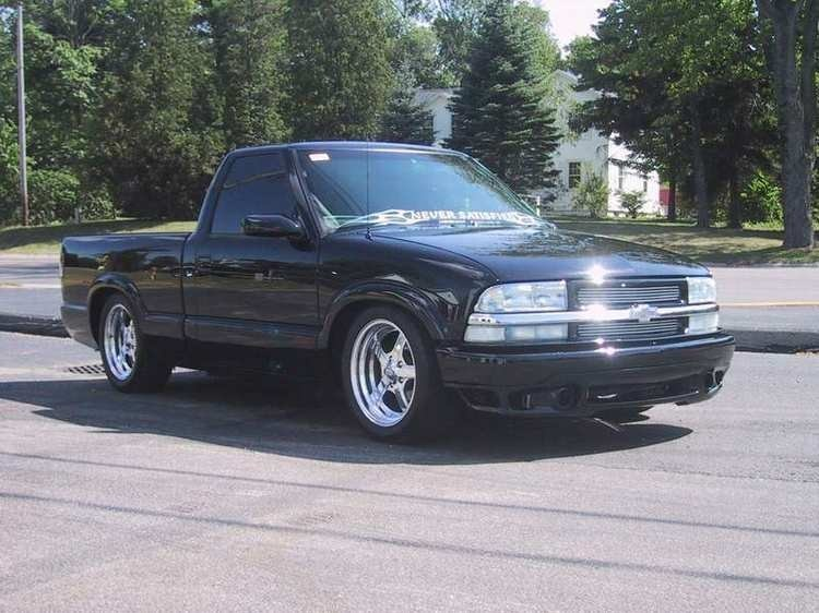 hellbents10s 2001 Chevy S-10 photo