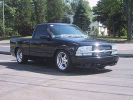 hellbents10s 2001 Chevy S-10 photo thumbnail