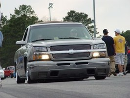 SCOTTIs 2003 Chevrolet Silverado photo thumbnail