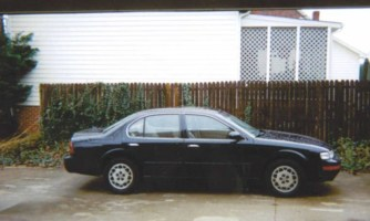 XtremeBlingns 1996 Nissan Maxima photo thumbnail