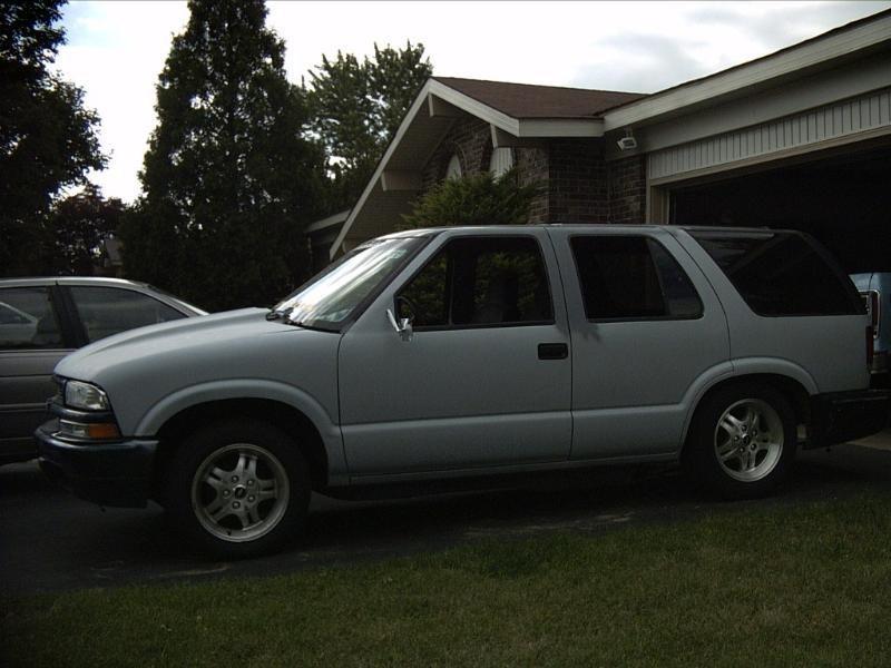 droptopbenzs 1998 Chevrolet Blazer photo