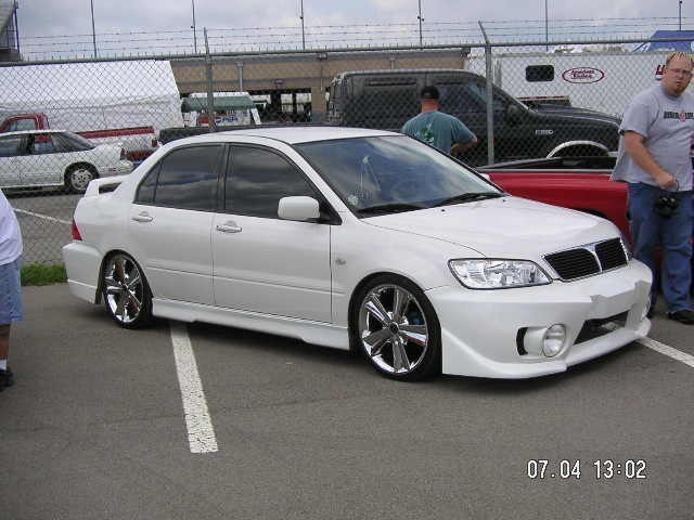 SweetImportHunnis 2003 Mitsubishi Lancer photo