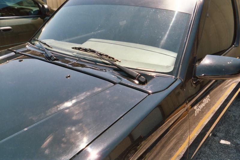 frontierondubss 1998 Nissan Frontier photo