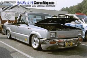 dino69s 1989 Mazda B2200 photo thumbnail