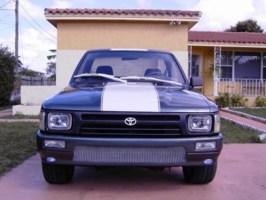 Volants 1993 Toyota 2wd Pickup photo thumbnail