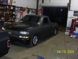 LaidOutsvilles 2002 Chevrolet Silverado photo thumbnail