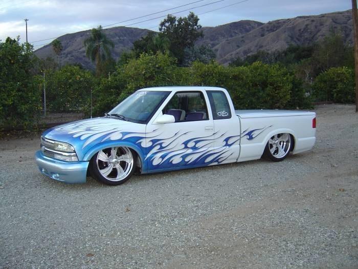 Phats10onAirs 1998 Chevy S-10 photo