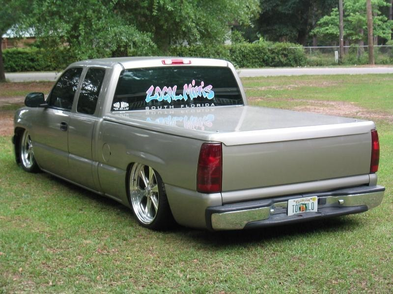 LowYotas 2000 Chevrolet Silverado photo