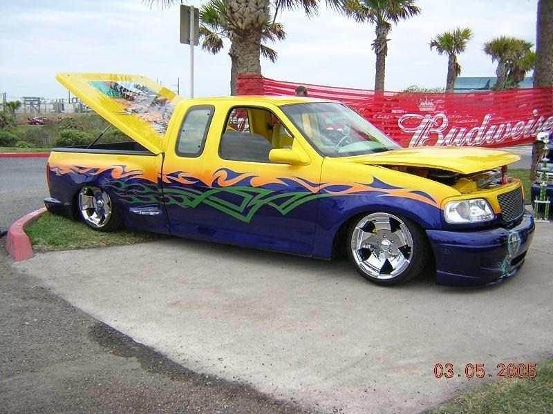 Yellowfords 2001 Ford F150-Supercab photo