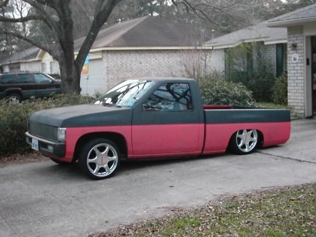 95sparkys 1995 Nissan Hard Body photo