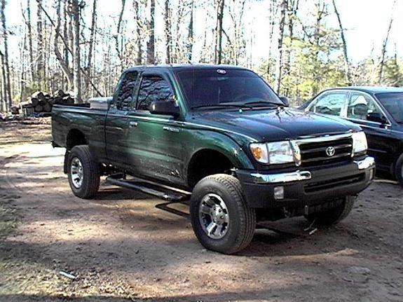 Kenjoe8679s 2000 Toyota Tacoma 4wd photo