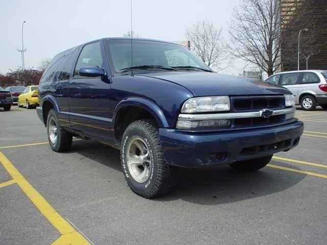 lowblazeds 2000 Chevrolet Blazer photo