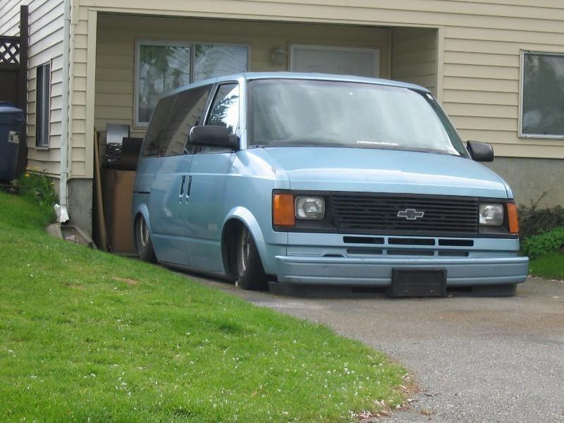 hondamazings 1986 Chevy Astro Van photo