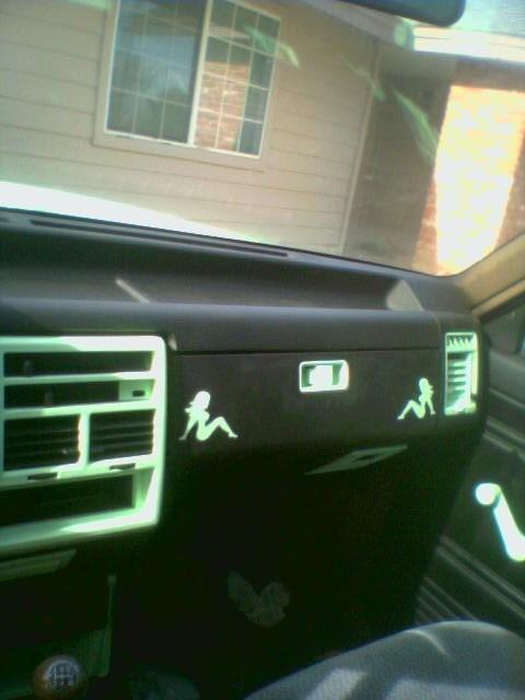 DigitalDetoxs 1991 Mazda B2200 photo