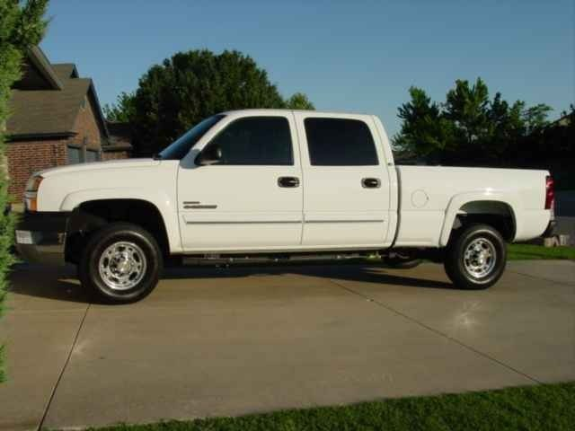 BagdHoes 2004 Chevy Crew Cab photo