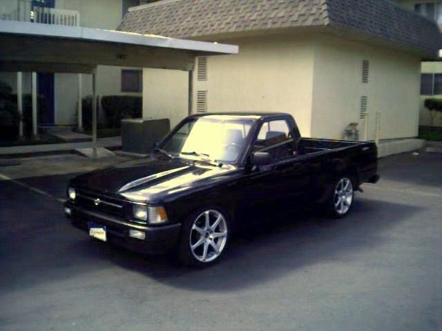 oneroro1s 1993 Toyota 2wd Pickup photo