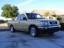 MetallicDRAGs 1999 Nissan Frontier photo thumbnail