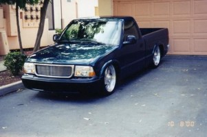 knuckledraggers 1997 Chevy S-10 photo thumbnail