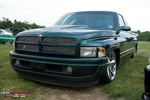 LowRam22ss 1997 Dodge Ram photo thumbnail