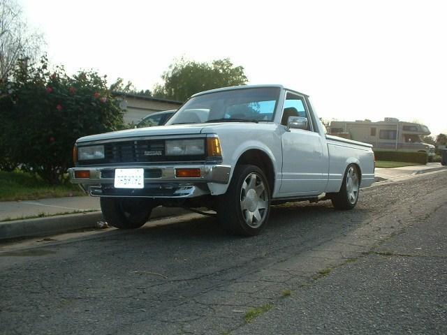 onelowseventwentys 1985 Nissan 720