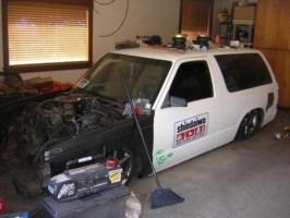 clean n lows 1984 Chevy S-10 Blazer photo thumbnail