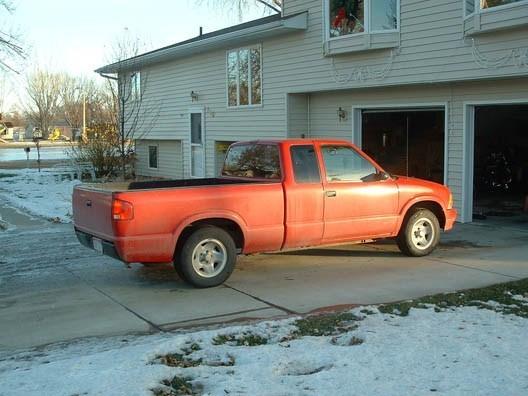 stinkynathans 1996 Chevy S-10 photo