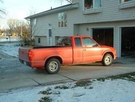 stinkynathans 1996 Chevy S-10 photo thumbnail