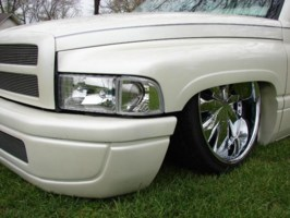 chicsdrag2s 1995 Dodge Ram 1/2 Ton P/U photo thumbnail