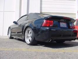 pinksuicidechevys 2001 Ford Mustang photo thumbnail