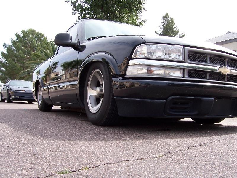 muthatrucka69s 1998 Chevy S-10 photo