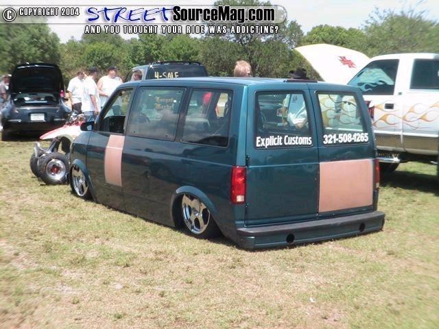 Low Stros 1994 Chevy Astro Van photo