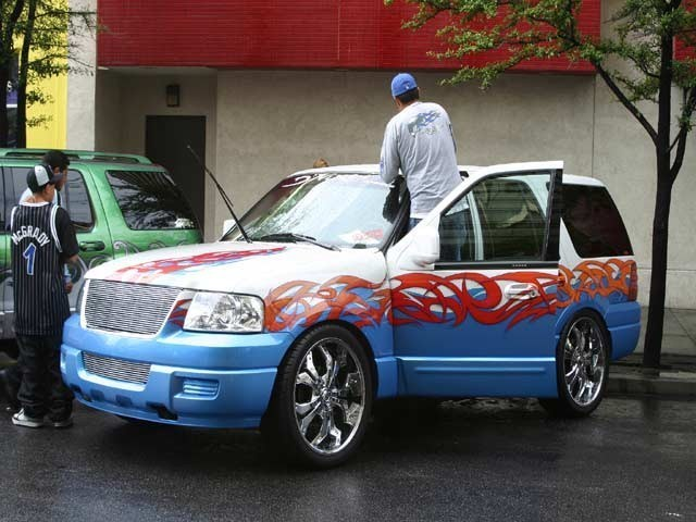FREAKSPOs 2004 Ford  Expedition photo