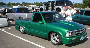 BadasS10s 1995 Chevy S-10 photo thumbnail