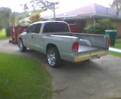krw1252002s 1998 Dodge Dakota photo thumbnail