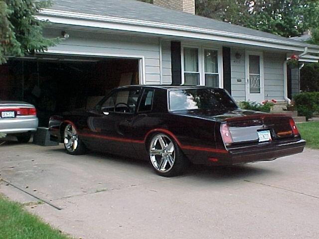 MiniAppleLT01s 1985 Chevy Monte Carlo photo
