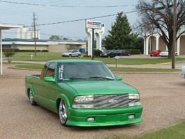 BaGGedDiMeEKSs 2001 Chevy S-10 photo thumbnail