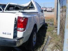 osupride2000s 2004 Nissan Titan photo thumbnail