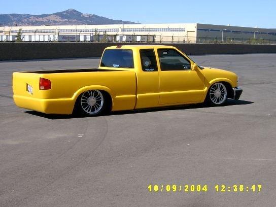 NEWESTflowmini98s 1998 Chevy S-10 photo