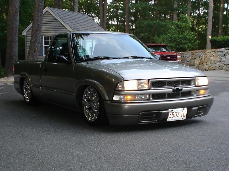 SDIME99s 1999 Chevy S-10 photo