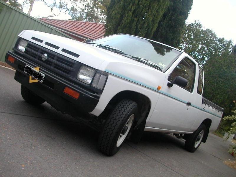 cliches 1992 Nissan King Cab photo