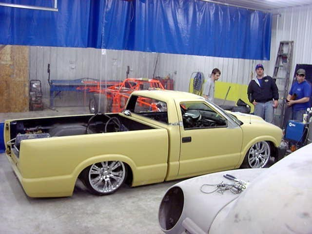 puffys lowdime00s 2000 Chevy S-10 photo