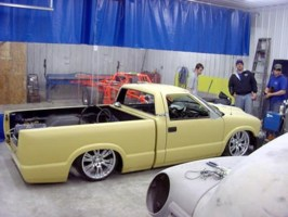 puffys lowdime00s 2000 Chevy S-10 photo thumbnail