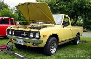 80toys 1973 Datsun 620 P/U photo thumbnail