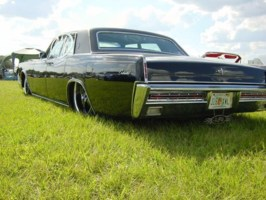 BANKSFLEETs 1967 Lincoln continental photo thumbnail