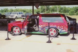 TwisTedAlienEKSs 1989 Chevy S-10 Blazer photo thumbnail