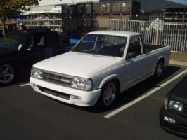 projekttekneks 1989 Mazda B2200 photo thumbnail