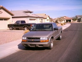 kronicspenders 2001 Chevy S-10 photo thumbnail