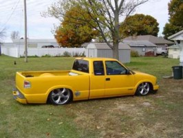 Lay N Low S10s 2002 Chevy S-10 photo thumbnail